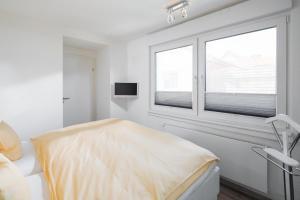 Meerzeit Schlafzimmer mit TV
